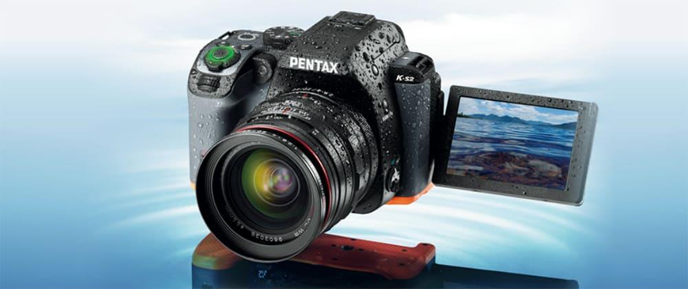 De Pentax K-S2 is bestand tegen een regenbui en andere weersinvloeden.