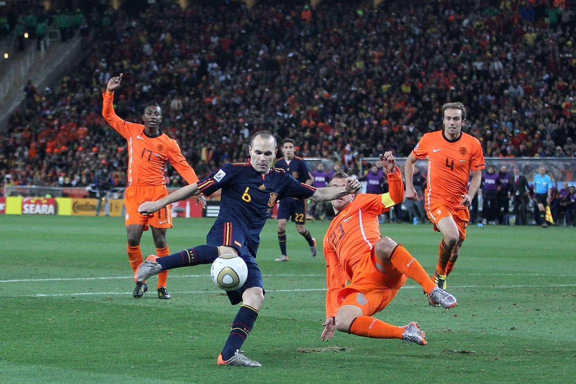 Foto Stanley Gontha -winnende goal in finale van Iniesta (Spanje) tegen Oranje op WK