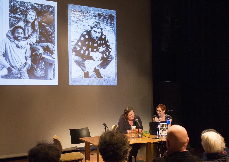 Photo020 - aan tafel met Carla Kogelman - Andrea Roell1